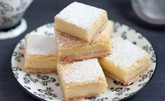 My family loves this dessert. The ricotta cheese layer sinks down in the cheesecake, creating a luscious, dense cake that's just bursting with lemon flavor. Lemon Ricotta Cheesecake, Cooking For Dummies, Cheesecake Squares, Lemon Squares, Italian Pastries, Italian Cookies, Lemon Desserts, Dessert Bars, Cake Cookies