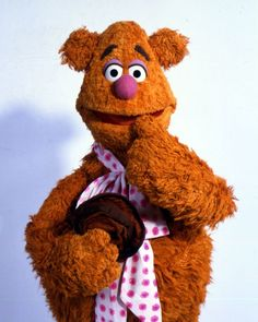 Boy, it sure is hot! Time to bust out my summer look! Fozzie Bear, July 2016