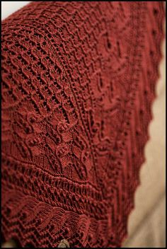 Knitting Pattern Shawl: Juneberry Triangle by Jared Flood