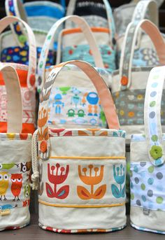 ikat bag: Lunch Bucket - Patterns, I so want to try these for these for the kids next year.