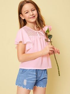 To find out about the Girls Tie Neck Lace Yoke Flutter Sleeve Top at SHEIN, part of our latest Girls Blouses ready to shop online today! Short Niña, Kids Tops, Girls Blouse, Flutter Sleeve Top, Girls Boutique, Summer Shirts, Types Of Sleeves, Fashion News, Fashion Trends