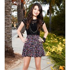 Miranda Cosgrove's Restaurant Tour ❤ liked on Polyvore featuring miranda cosgrove