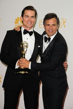 "Emmys 2014: Matt Bomer y Mark Ruffalo actores de ""The normal heart"", Mejor Pel"
