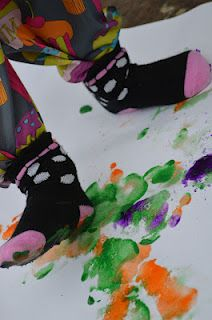 Stomp Painting - Re-pinned by @PediaStaff – Please Visit http://ht.ly/63sNt for all our pediatric therapy pins
