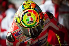 valentino-rossi-agv-helmet-scott-jones