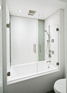 Bathtub shower combo can work with an endless array of design styles and is perfect for those with a smaller bathroom or for those with younger. #bathtub #bathroom
