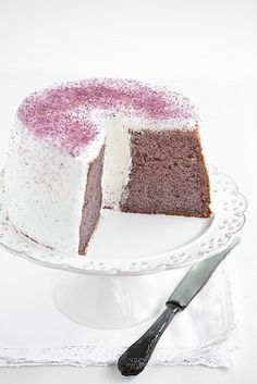 purple sweet pOtatO chiffOn cake on We Heart It Chiffon Cake, Pretty Cakes, Beautiful Cakes, Simply Beautiful, Yummy Cupcakes, Fancy Cakes, Love Cake, Sweet Cakes, Creative Cakes