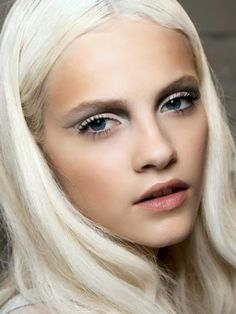 Blonds do it best 018