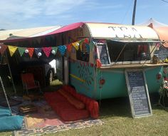 LADY BONIN'S TEA PARLOUR – The Caravan