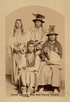 Standing L-R: Unknown, unknown Sitting L-R: Alikot (aka Frog), Chief Joseph (aka Joseph II) - Nez Perce - no date: Native American Images, Native American Wisdom, Native American Tribes, Native American History, American Indians, Indiana, Chief Joseph, Native Indian, Sioux