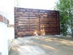 Custom 1x6 redwood horizontal wood driveway gates