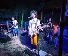 Big gig in Montà! #MayDay #rock #punk #punkrock #gig #live #guitar #guitarist #bass #bassist #drums #drummer #gibson #rockstar