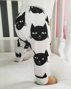 These adorable leggings feature cat faces. Super cute and fun for a baby boy or baby girl. These leggings are made out of a lightweight and extremely soft jersey material, perfect for your little ones