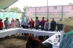 En el marco de la Tercera Reunión Ordinaria del Consejo Regional ForestalIV-Oriente,celebrada en esta cabera municipal, el grupo técnicode la Gendarmería Ambiental presentósu Programa Operativo adesarrollar enMichoacán – Ciudad Hidalgo, ...