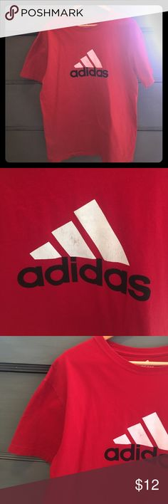 🚨MENS BUY ONE GET ONE FREE🚨Adidas Tee A little wear in the adidas symbol as show in picture. Other than that it is in great condition!    ❌No Trades❌ ✅Same or next day shipping, unless notified otherwise✅ 💰Offers accepted through offer button only, I will always counter with my lowest price💰 Adidas Shirts Tees - Short Sleeve