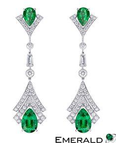 Wear Emerald Sparkling earrings to shine everywhere like a star