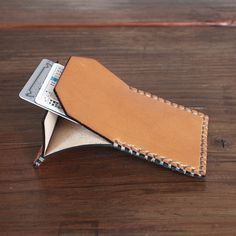 Flap Wallet / Tan