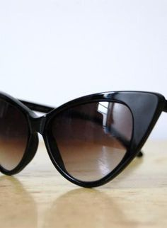 Vintage 1980s Cat Eye Sunglasses,  Accessory, Cat Eye  Vintage  Retro  Pin Up, Retro #PinItUpWithLulu!n
