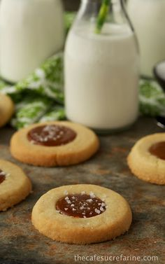 These are on my top 5 favorite cookie list, AMAZING!  Old-Fashioned Shortbread w/ Salted Caramel