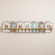 Beach houses wall hanger with hooks