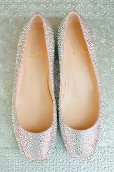 30 Wedding Flats For Comfortable Wedding Party ❤ sparkle wedding flats lindsay madden ❤ See more: http://www.weddingforward.com/wedding-flats/ #wedding #bride #weddingshoes