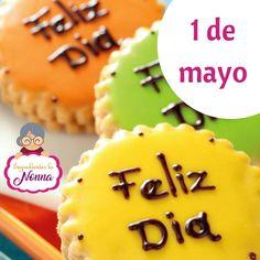 El Día del Trabajador se celebra cada 1 de mayo en todo el mundo, para conmemorar la reivindicación de los derechos laborales de hombres y mujeres por igual. Este día sirve como motivo para denunciar abusos, solicitar reformas y buscar el reconocimiento de beneficios sociales y laborales. ¡Feliz día del trabajador!  #repostería #guarenas #guatire #venezuela #edomiranda #chocolate #maniceria #todoenreposteria #ingredientes #dulce #food #dulcedeleche #caramelo #cupcake #minicupcacke…