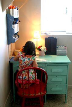 Aqua Desk (like the way the wall shelf is used for storage)