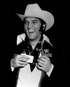 ELVIS IN HOUSTON TEXAS BEFORE A SHOW AT THE LIVESTOCK SHOW AND RODEO IN FEBRUARY 1970