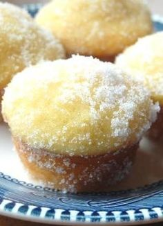 Lemon Yogurt Sugar Mini Muffins – With their tangy flavor, moist texture, and crackly sugar coating, these muffins are perfect for a quick breakfast, a fun after-school snack, or an Easter brunch with family.