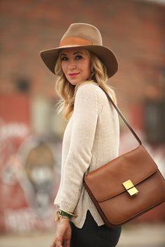 the-fashion-alba:  brooklyn blonde  http://afashionlines.tumblr.com/
