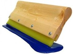 Things to know when choosing a squeegee for screen printing and DIY projects