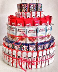 """""""Mi piace"""": commenti: 1 – Intrecciamo (unlisted … – – Sweet World Ideas Bouquet Cadeau, Candy Bouquet Diy, 5th Birthday Party Ideas, Diy Birthday, Birthday Gifts, Candy Birthday Cakes, Candy Cakes, Chocolate Bouquet, Candy Gifts"""