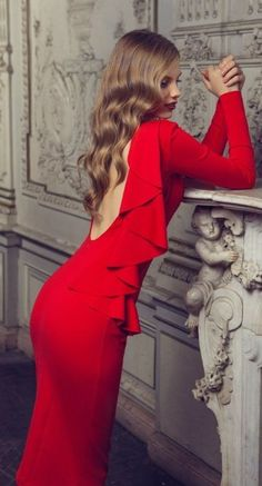 this #red dress is perfect for #valentines day. OLGA SKAZKINA FALL WINTER 2012-2013 #fashion