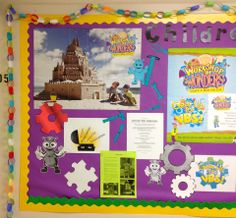 Great way to jazz up a bulletin board for WOW VBS! www.cokesburyvbs.com