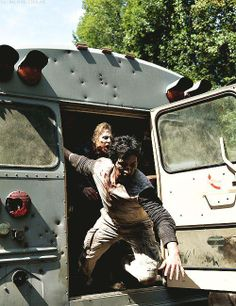 The Walking Dead season 4 ep10. Did someone just fart on the bus?