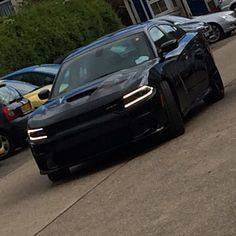Dodge Charger Hellcat in Black - in the UK  #charger #hellcat #black