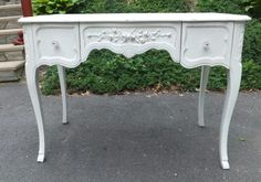 Flip top Shabby Chic vanity French Provincial with mirror