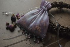Herbal Sleep & Dream Pillows Combine any of the following herbs into a lovely sleep sachet, or sew them into a pillow for yourself, or as gifts for others.
