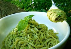 Healthy avocado pesto pasta