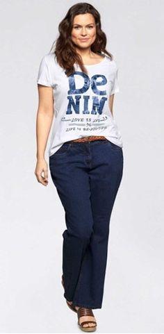 Hoe draag je wit als diep kleurtype? Color Type, Colour, Color Me Beautiful, Blouse, Winter, T Shirt, Outfits, Tops, Women