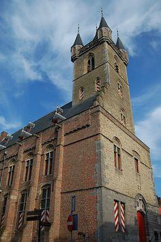 Belfort Sluis, kom vanalles te weten over de geschiedenis van Sluis en beklim de toren van het Berlfort voor een prachtig uitzicht!