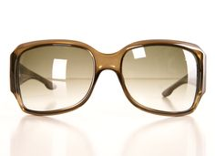Wow, I'm not the kind of gal the prefers named brand but these Dior olive sunglasses