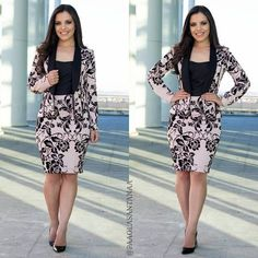 Nice Dresses, Girls Dresses, Dresses For Work, Classy Outfits, Pretty Outfits, Office Looks, Professional Outfits, Office Fashion, Office Outfits