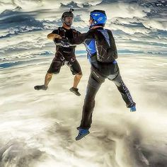 Repost from @skydive_junkie  #headdown #freefly #skydivegram