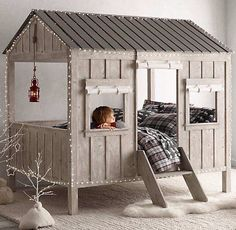 Before you throw out your old baby crib, check out this fantastic conversion involving a pallet.