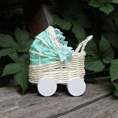 Kočárek košatinka - Shabby Chic dekorace hračka přírodní vintage béžová krajka kočárek proutěná proutěný pro panenku na svatbu pro nevěstu krajky svatební dárek košatina košatinka pro ženicha z pedigu