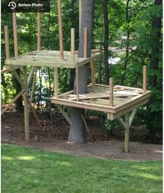 Cedar Stage Treehouse - Modern - Boston - by Living Edge Treehouses & Edible Lan. Cedar Stage Treehouse – Modern – Boston – by Living Edge Treehouses & Edible Landscapes Backyard Playground, Backyard For Kids, Backyard Projects, Outdoor Projects, Toddler Playground, Backyard Fort, Beautiful Tree Houses, Cool Tree Houses For Kids, Tree House Plans