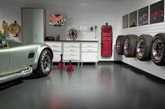 Es kann oft eine Herausforderung sein, eine Garage sauber, ordentlich und vor allem organisiert zu halten, wenn das auch als...Die Auto Garage anordnen