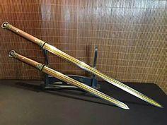Chinese sword/han jian/High manganese steel blade/Rosewoo... http://www.amazon.com/dp/B01FB2R61W/ref=cm_sw_r_pi_dp_SK1lxb1JSYQVT