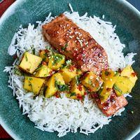Nadiya Hussain's teriyaki salmon with mango salsa Shellfish Recipes, Meat Recipes, Seafood Recipes, Cooking Recipes, Healthy Recipes, What's Cooking, Nadiya Hussain Recipes, Breakfast Recipes, Dinner Recipes